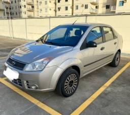 Vendo Fiesta Sedan 2007/2008 1.0 manual