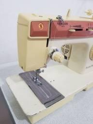Título do anúncio: Máquina de costura Singer facilita prática