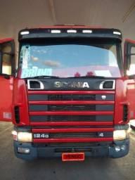 Caminhão Scania GA4x2NZ 400 ano 2003
