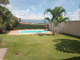 Linda casa na Morada da Colina II em Resende RJ.