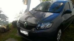 Renault Logan, conservadíssimo - 2014