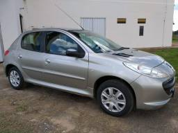 Peugeot 207 1.4 XR flex 2011 - 2011