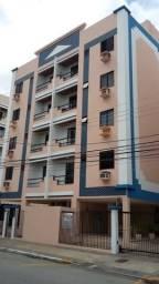 Centro Ed. Plaza Center 02 quartos, varanda e garagem. Nascente