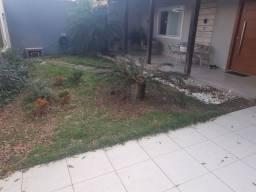 Casa duplex com 5 quartos, suíte e 3 vagas m Jardim Camburi - Vitória-ES