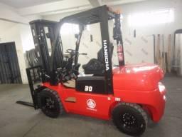 Empilhadeira Diesel | 3 toneladas | Torre triplex | Londrina-PR