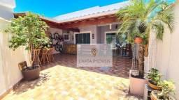 Linda casa linear com churrasqueira e amplo quintal, Jardim Marilea/ Rio das Ostras!