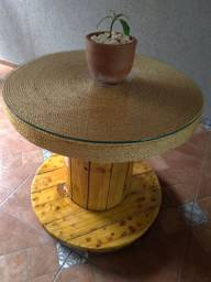 Mesa de caritel