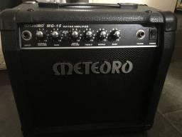Caixa Meteoro MG-15; amplificador de guitarra