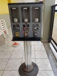 Máquina antiga vending Machine clicletes Bolinhas