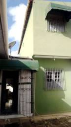 Vendo uma bela casa em Glória do goitá PE zap * ligação *
