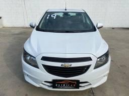 Chevrolet Onix 1.0 Joy Completo Único dono Apenas 28.000km (Troco e financio)