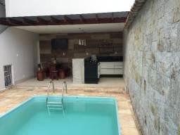 Casa bairro Gra Duquesa com piscina