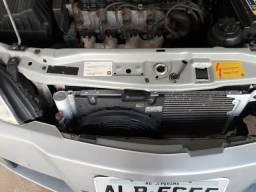 Astra Elegance Sedan 2.0 - 2005