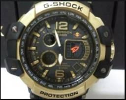 bcd50ba03b1 Relógio Casio G-shock Red Bull Dourado