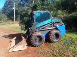 Mini carregadeira new holland l220 ano 2015