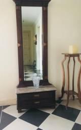 Estante com Espelho Bisotê, base de mármore