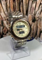 Lindo relógio dourado e analógico e digital Atlantis. Temos Muito mais. Só chamar.