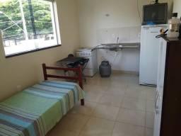 Alugo Kitnet para 1 pessoa no bairro umuarama