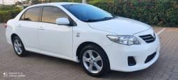 Toyota Corolla 2013 Automático