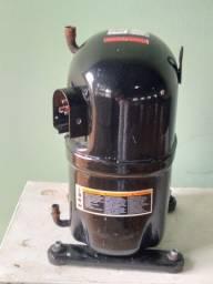 Motor Compressor 2 Hp Elgin Trifásico R22 220v
