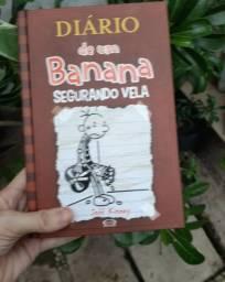 O DIÁRIO DE UM BANANA, SEGURANDO VELA