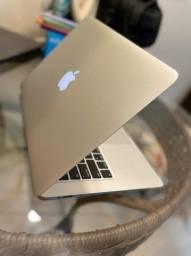 MacBook Air 13 usado pouquíssimas vezes