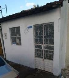 Vendo uma Casa na Principal nova da Santa Lúcia