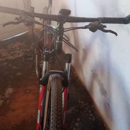 Título do anúncio: Caloi explore 30 pneus usado apenas 30 km