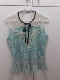 Camiseta feminina rendada (M)