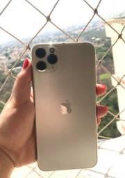 Título do anúncio: Iphone 11 Pro Max - 256 GB + carregador original + fone novo + 8 capas + 3 películas