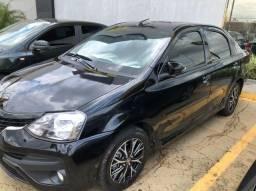 Etios sedan platinum automático 2018 muito novo