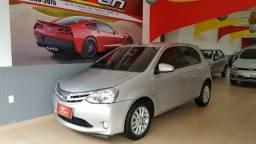 Toyota Etios XLS 1.5 - 2014