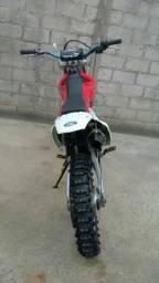 Vendo ou troco em BIZ 125 moto CTG 230 muito nova ano 2009 - 2009