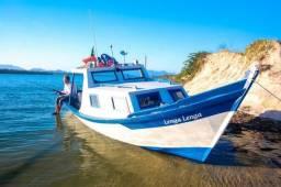 Barco com casaria Motor 24hp partida elétrica batera baleeira - 2017