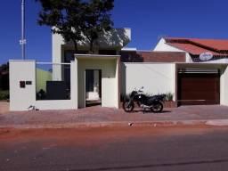 Excelente casa nova de 03 quartos sendo 01 suíte com cozinha gourmet no Setor Itaguai III