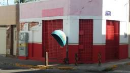 Alugo ponto comercial na Rua São Benedito.(Pio XII) 9.9739-4303 Waths