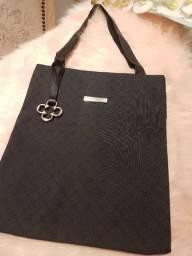 Bolsa sacola Capodarte preta nunca usada linda tamanho medio