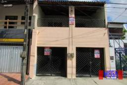 Casa de 110 m² próximo a Av Humberto Monte