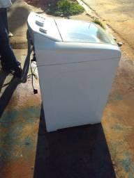 Vendo Máquina de Lavar Eletrolux 10 kilos revisada 3 meses de garantia