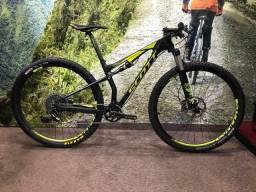 Bike Full Scott Carbono