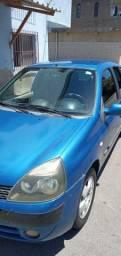 Renault Clio azul ano 2003 1.0