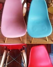 Cadeiras estilo Eiffel