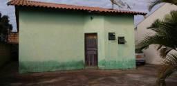 Casa a venda bairro Santiago, Araguari-MG