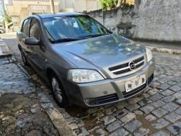Astra Sedan Automático 2004