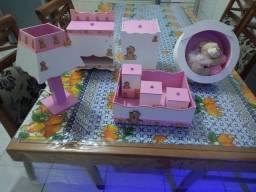 Kit de higiene para bebê (menina)
