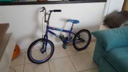 Bicicleta infantil super conservada