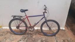 Vendo bicicleta Caloi só falta encher o pneu