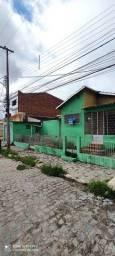 Título do anúncio: Vendo casa bem localizada no bairro Indianópolis.