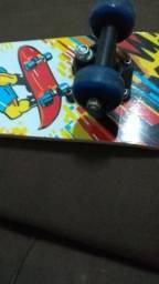 Troco skate infantil por patinete. só foi usado uma vez,
