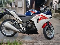 Honda CBR250R - 2012
